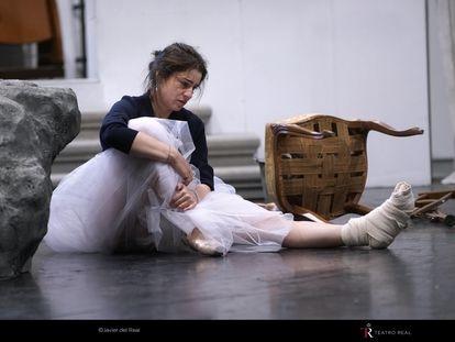 La soprano Asmik Grigorian, en el papel de Rusalka, en un ensayo en el Teatro Real.