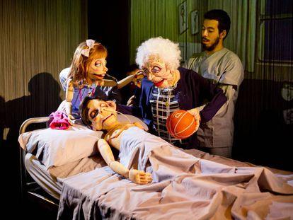 Una escena de la obra 'Óscar, el niño dormido'.