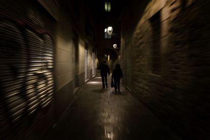 Una imagen nocturna de Barcelona.