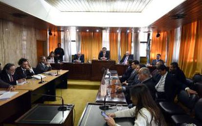 Lectura del fallo contra cuatro jueces de la dictadura argentina.