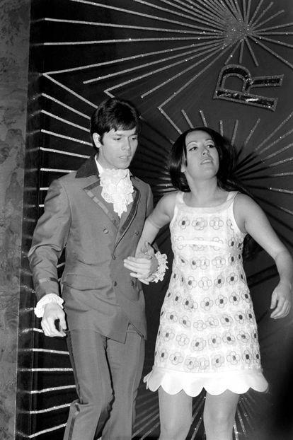 Cliff Richards y Massial en el Fesitival de Eurovisión en abril de 1968.