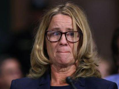 Una mujer testifica ante el Senado que el juez propuesto por Trump para el Supremo, Brett Kavanaugh, la intentó violar. El presidente mantiene el respaldo a su candidato