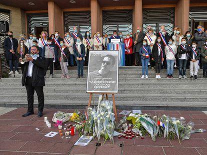 Homenaje al profesor asesinado Samuel Paty, en Poissy, cerca de París, el pasado octubre.