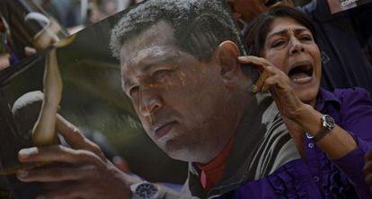 Seguidores de Chávez protestan contra Capriles.