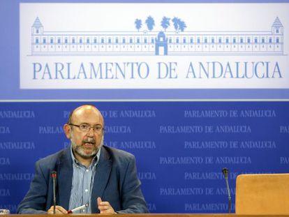 El presidente de la comisión de los ERE, Ignacio García (IU).