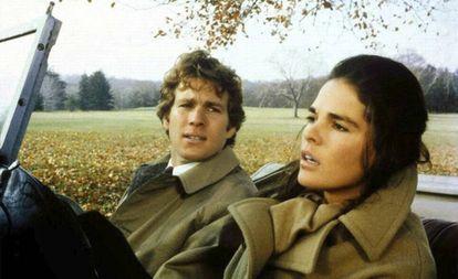 Ryan O'Neil y Ali MacGraw en la película 'Love Story'.