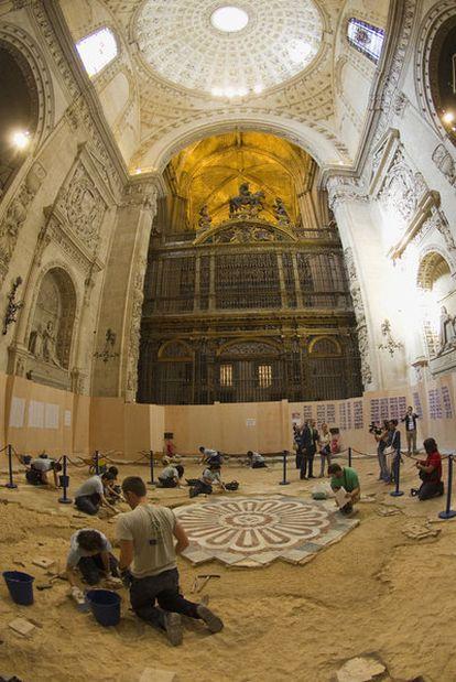 Las obras de la catedral, en la que se ha hallado el túmulo.