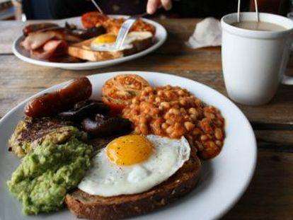 Un nuevo estudio confirma que la primera comida del día no tiene nada de especial