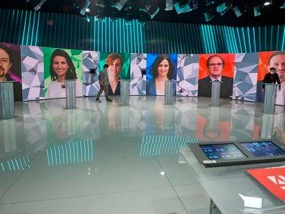 Imágenes de los seis principales candidatos a las elecciones de Madrid en el plató donde ha trascurrido el debate este miércoles.