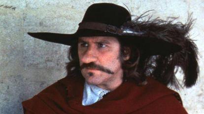 Gerard Depardieu como Cyrano.