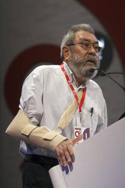 """El secretario general de UGT, Cándido Méndez, reclamó hoy una mayor atención para los desempleados de larga duración y alertó del riesgo de que éstos acaben por formar parte de una """"generación abandonada"""". EFE/Archivo"""