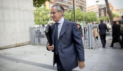 Miguel Blesa llega a los juzgados de Madrid el pasado junio.