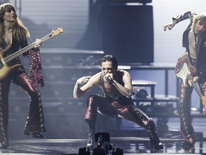 Maneskin, los ganadores, durante la actuación.