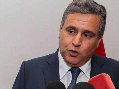 El ministro marroquí de Agricultura y Pesca, Aziz Ajanuch, en rueda de prensa en Rabat, el pasado 19 de abril.