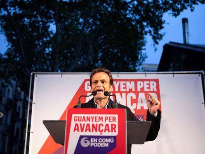 El candidato de En Comú Podem por Barcelona, Jaume Asens, durante su intervención en el acto de inicio de la campaña