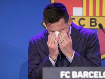 Rueda de prensa de despedida de Messi, este domingo en el Camp Nou.