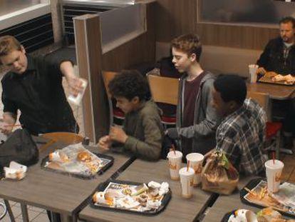 Burger King y la Fundación ANAR se unen para concienciar sobre el  bullying  con un experimento en uno de sus restaurantes