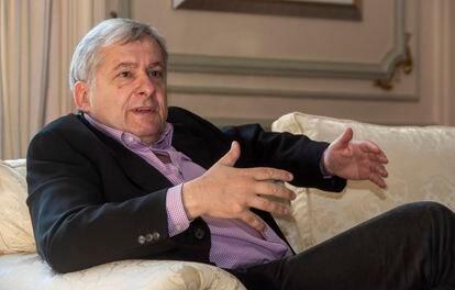 Ioannis Tzovas Mourouzis, embajador de Grecia en España, durante la entrevista.