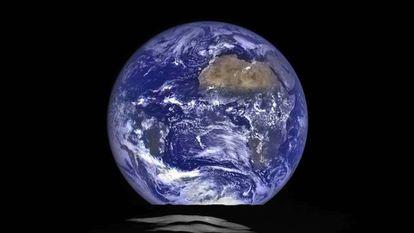 Imagen de la Tierra desde la Luna.