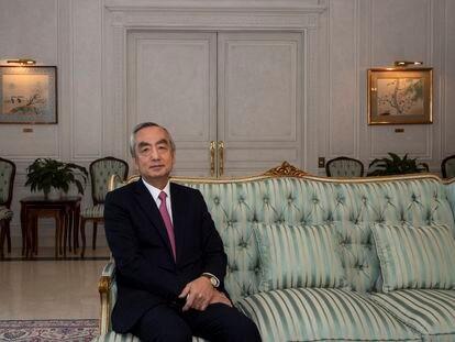 El embajador de Japón en España, Kenji Hiramatsu, en su residencia oficial en Puerta de Hierro (Madrid).