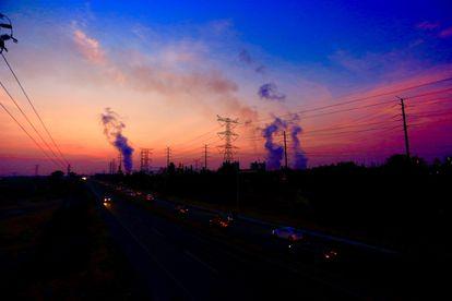Vista de una planta de generación termoeléctrica de Tula, en el estado de Hidalgo (México).
