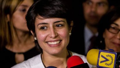 La esposa de Ceballo, este martes en Caracas.