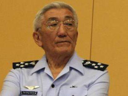 En la imagen, el comandante de la Fuerza Aérea Brasileña, general Juniti Saito. EFE/Archivo