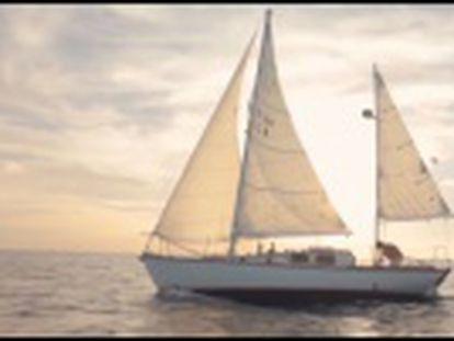 El documental  Twenty eight feet  triunfa en los festivales con la historia de un hombre que cambió su casa por un pequeño velero