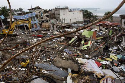 Escombros, en Pedernales
