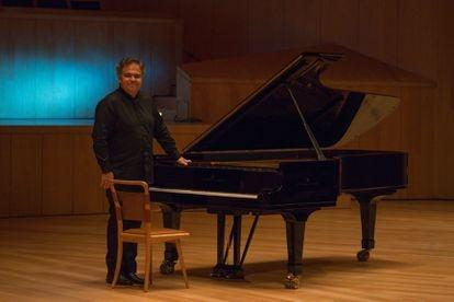 The pianist Arcadi Volodos during his recital, this Monday, in Zaragoza.
