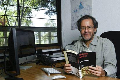 Federico Navarrete, en su oficina de la UNAM.