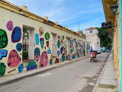 Grafitis en San Isidro, La Habana