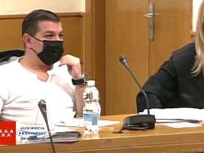 Captura de vídeo del acusado César Román, el 'Rey del Cachopo', en la sesión del pasado jueves.