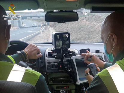 Dos guardias civiles, en una imagen de archivo.