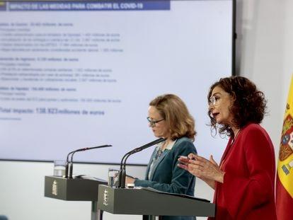 La ministra de Asuntos Económicos, Nadia Calviño, y la Ministra de Hacienda, María Jesús Montero.