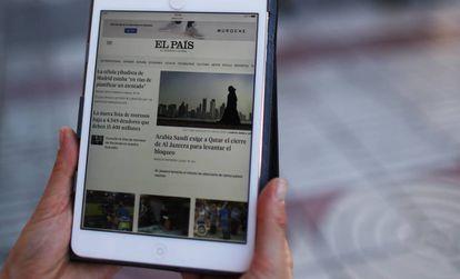 Página de EL PAÍS en el móvil.