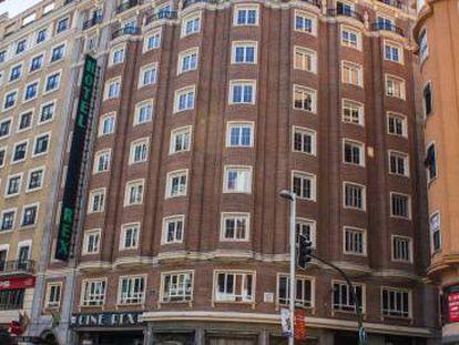 Fachada del Hotel Rex, en la Gran Vía.
