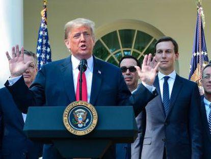 """El presidente defiende la mano dura negociadora  """"Para los niños que dicen que no ponga aranceles  sin aranceles no tendríamos este acuerdo"""""""