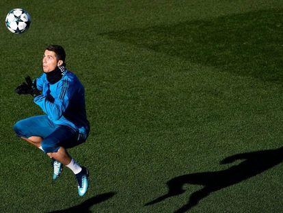 Cristiano Ronaldo, durante el entrenamiento.