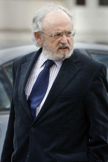 Luciano Varela.