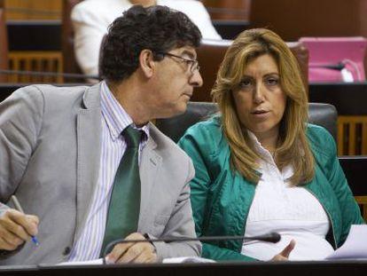 Susana Díaz junto a Diego Valderas en el Parlamento de Andalucía.