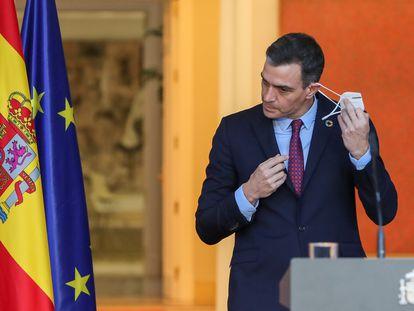 El presidente del Gobierno, Pedro Sánchez, al comparecer en La Moncloa para anunciar los nuevos nombramientos de ministros.