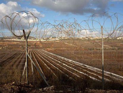 Imagen de la frontera entre Israel y Líbano desde la ciudad de Metula.
