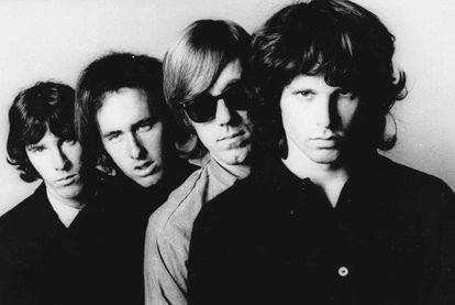 John Densmore, Robbie Krieger, Ray Manzarek y Jim Morrison.