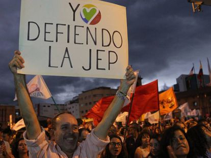 Movilización en defensa de la JEP.