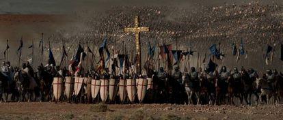El ejército cruzado camino de Hattin en 'El Reino de los Cielos'.