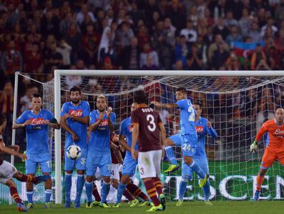 Pjanic marca el primer gol del partido.