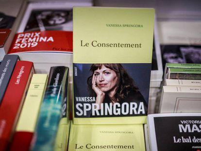 Ejemplares del libro de Vanessa Springora en una librería de París el pasado jueves.