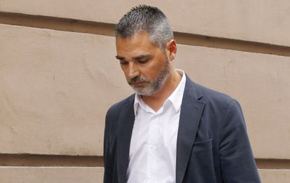 Alejandro De Pedro, sale de la Audiencia Nacional el 10 de junio.