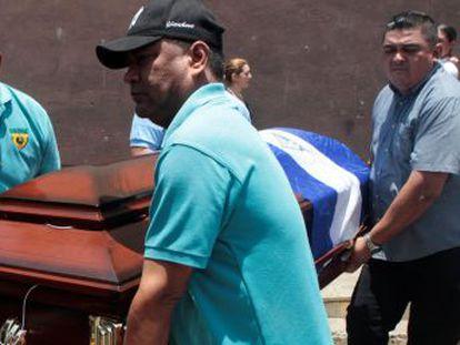 La protestas contra las reformas de Ortega en el país se han cobrado ya una decena de muertos